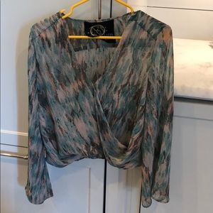 Blue LIFE top from Plantblue store